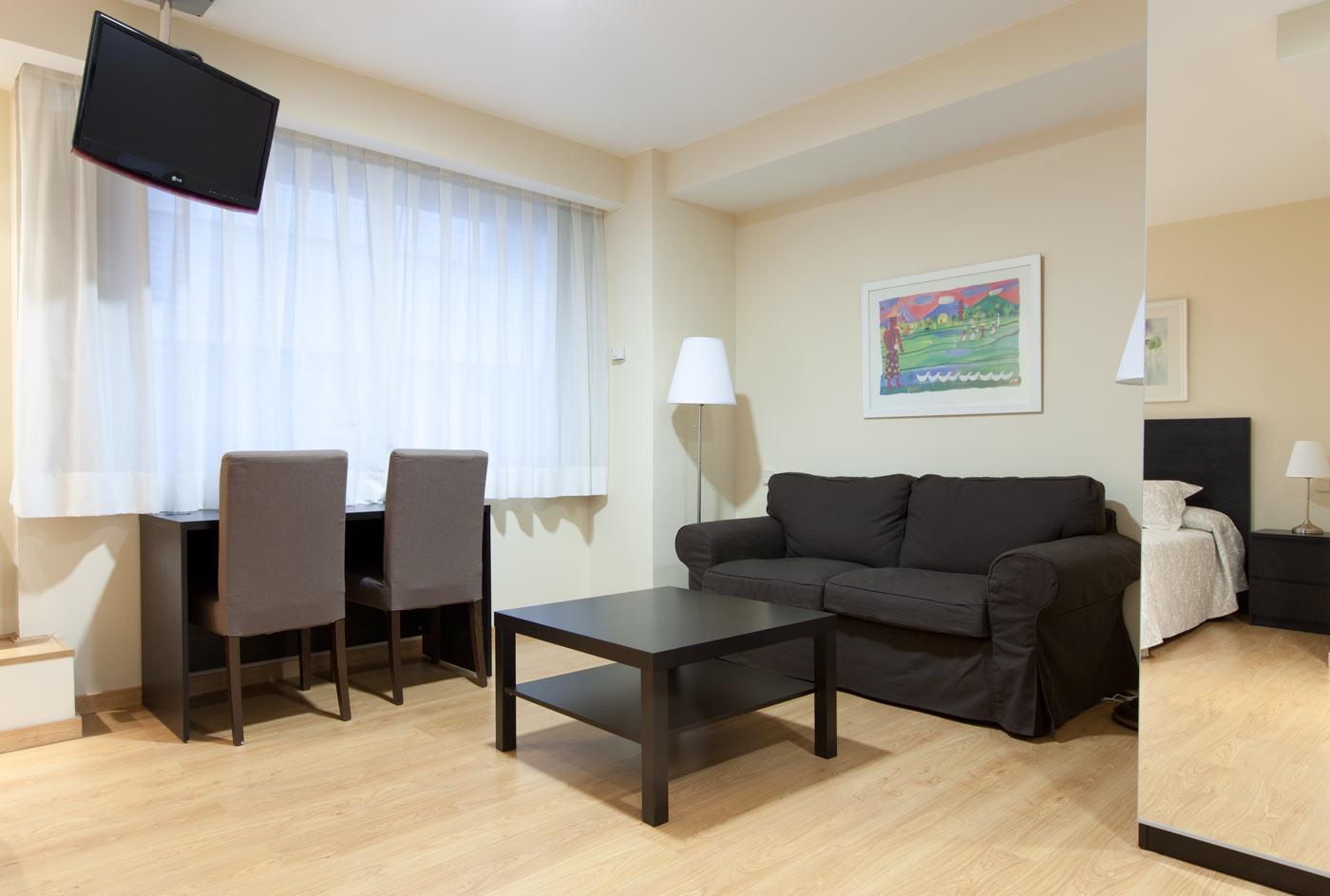 Apartamentos superiores Centro Colón